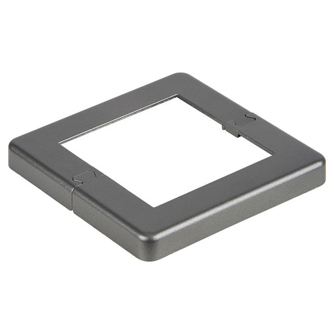 Plaque de base pour poteau de 4'',  9,53'' x 7,8'', aluminium, gris titane