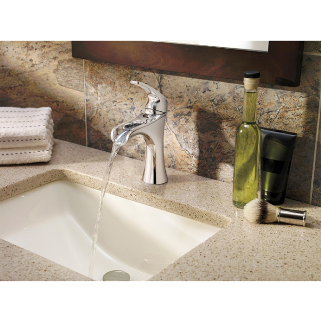 Jaida Lavatory Faucet - 1 Lever- Chrome/Black