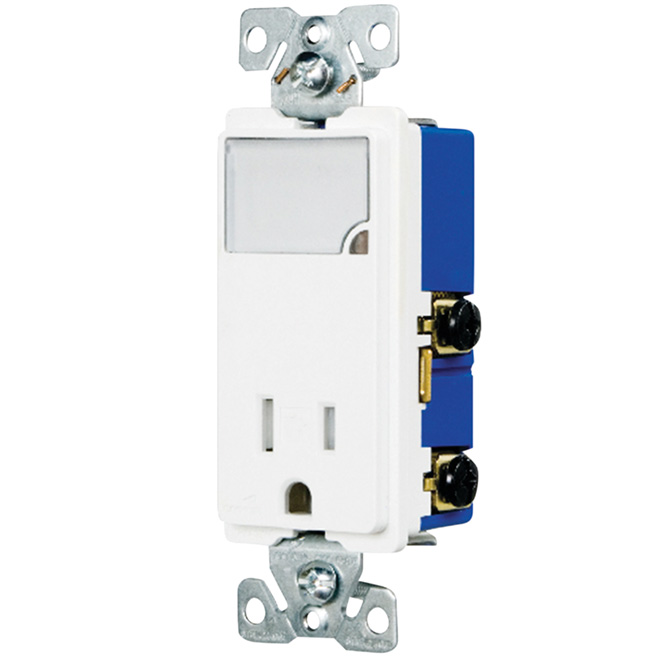 15 A Outlet With Nightlight Tr7735w K L Rona