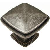 Bouton carré transitionnel par Richelieu, 31 mm, fini étain