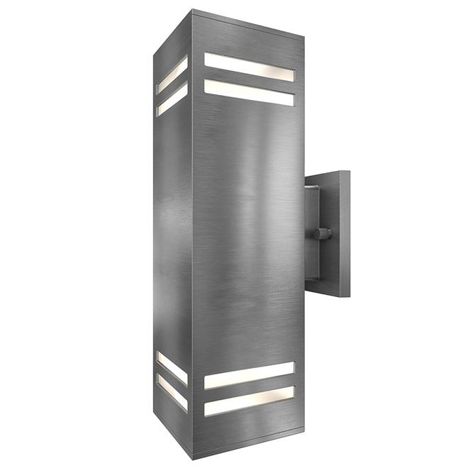 Indoor/Outdoor Wallsconce - Stainless Steel