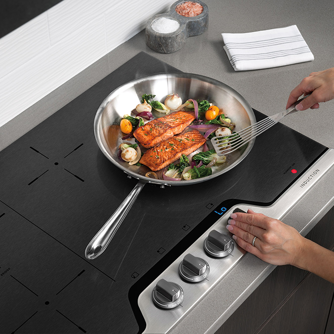 """Professional Induction Cooktop - 30"""" - Stainless Steel"""