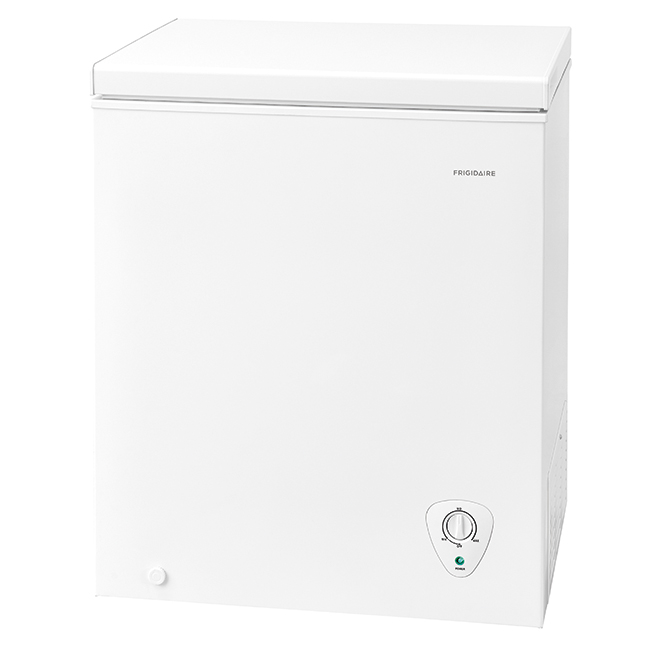 Frigidaire Chest Freezer - 29-in - 5.0 cu. ft. - White