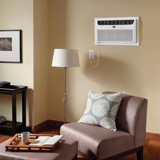 Frigidaire Built-In Air Conditioner - 10,000 BTU - 450 sq. ft.