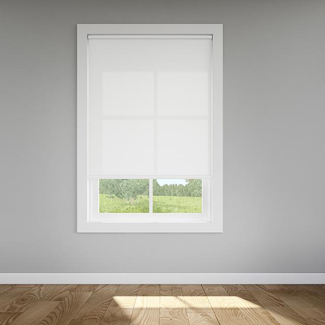 Toile enroulée, filtre de lumière, vinyle, 73 x 72'', blanc