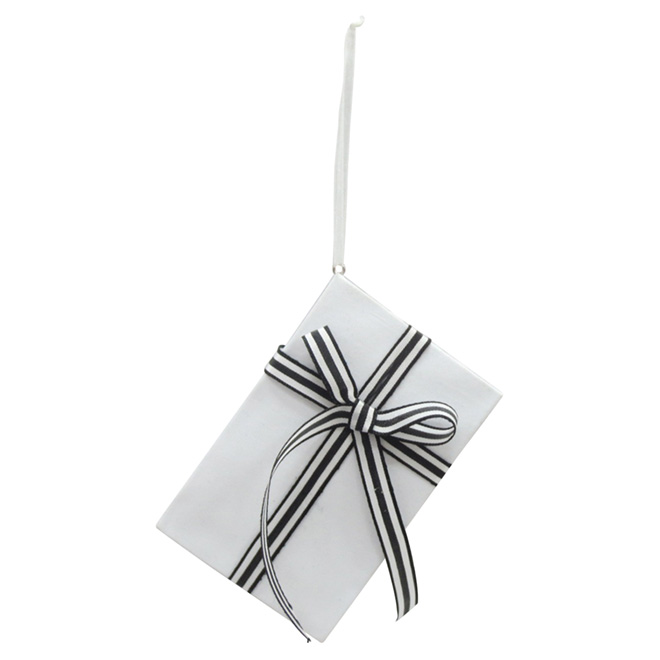 "Set of 3 Ornaments - 4.5"" - Paper/Polyester - White/Black"