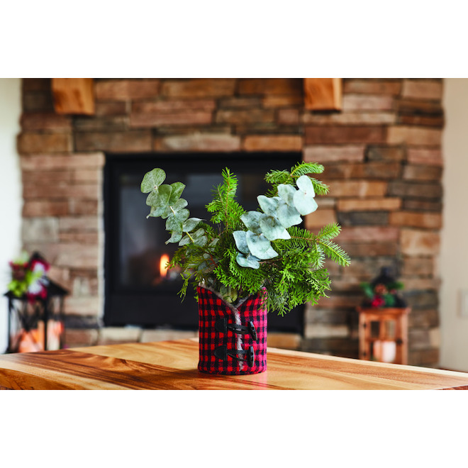 Holiday Living Candle Holder - Friendly Forest - Plaid Fabric - 7.5-in Red and Black