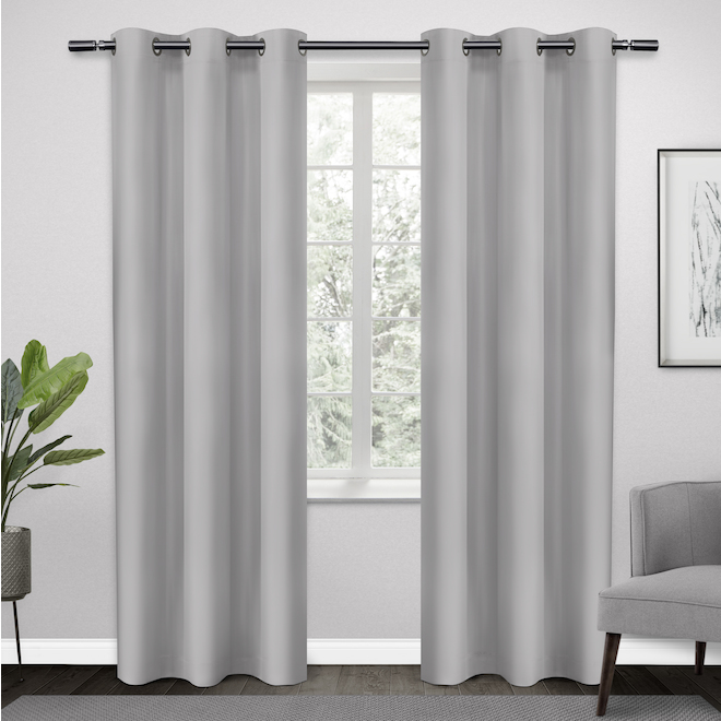 Rideaux obscurcissants en polyester avec oeillets, 38 po x 84 po, gris pâle, ensemble de 2