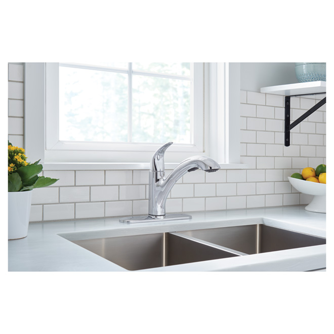 Medina 1-Handle Pull-Out Kitchen Faucet - Chrome