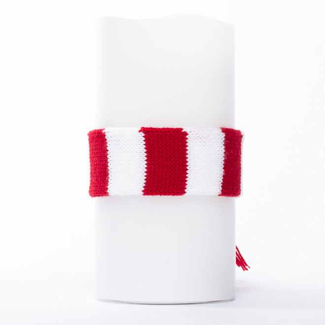 Flameless Candle - White -  Red/White Cozy Scarf