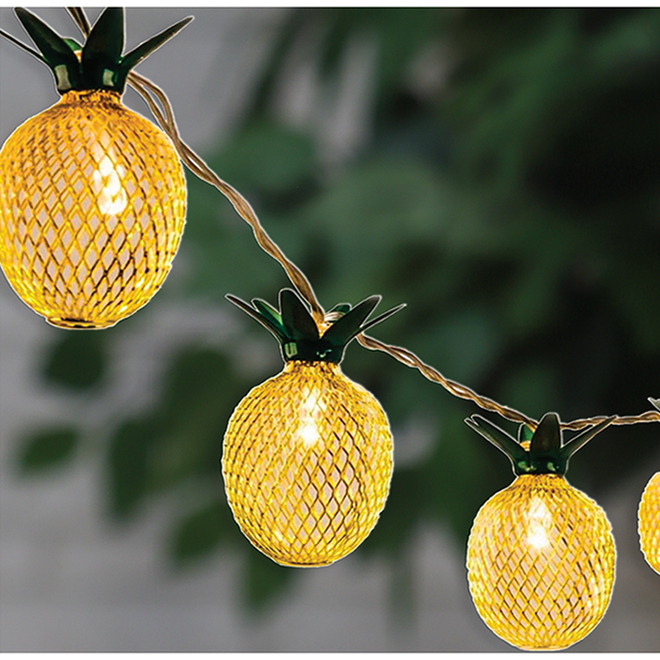 Danson Decor Pineapple String Lights - LED - 10 Lights - Indoor/Outdoor - Warm White