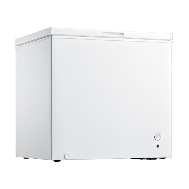 Midea Freezer Chest - 7.0 cu. ft. - White