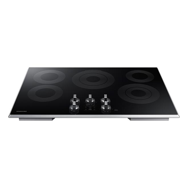 Surface de cuisson électrique Samsung avec Rapid Boil, 30 po
