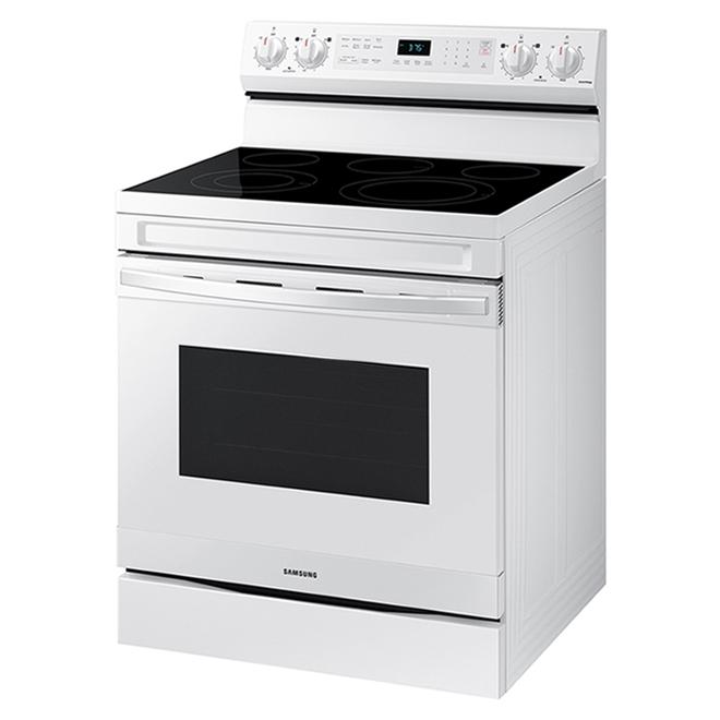 Cuisinière à convection autoportante Samsung avec friture à air et connexion WI-Fi, 6,3 pi³, blanc