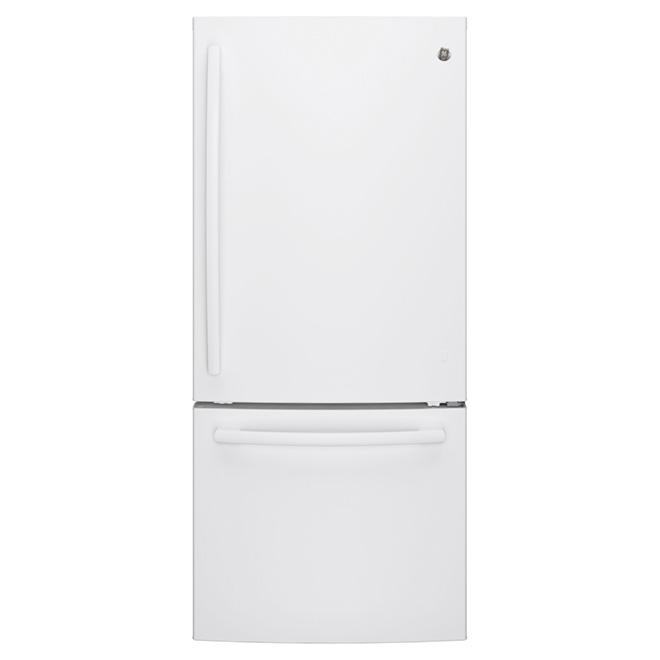 "Bottom-Freezer Refrigerator - 30"" - 20.9 cu. ft. - White"