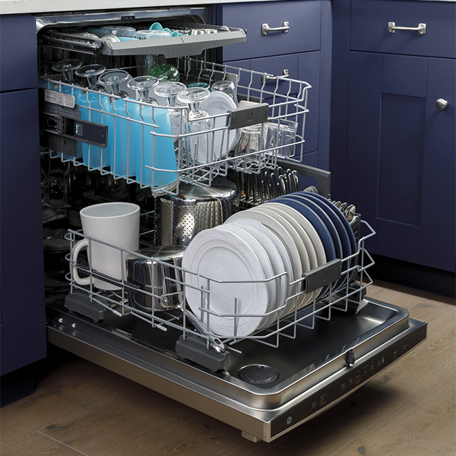 "Dishwasher with DryBoost(TM) - 45 dBA - 24"" - White"
