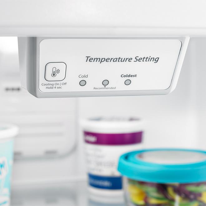 """Réfrigérateur à congélateur supérieur, 30"""", 18,15 pi³, inox"""