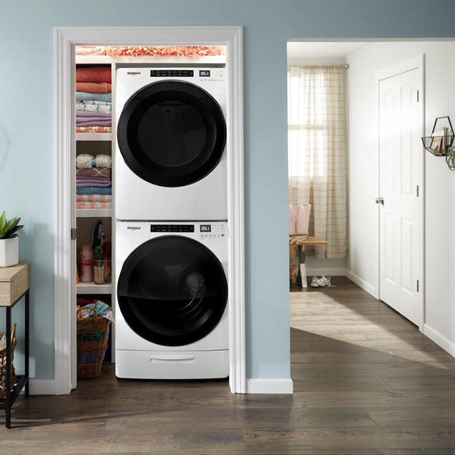 """Whirlpool Front Load Washer - 5.2 cu. ft. - 33"""" - White"""