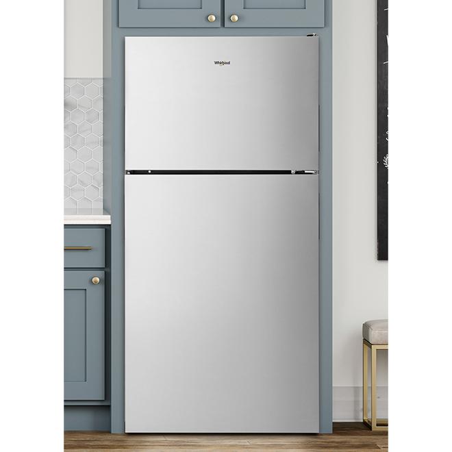 "Top-Freezer Refrigerator - 30"" - 18 cu. ft. - Stainless Steel"