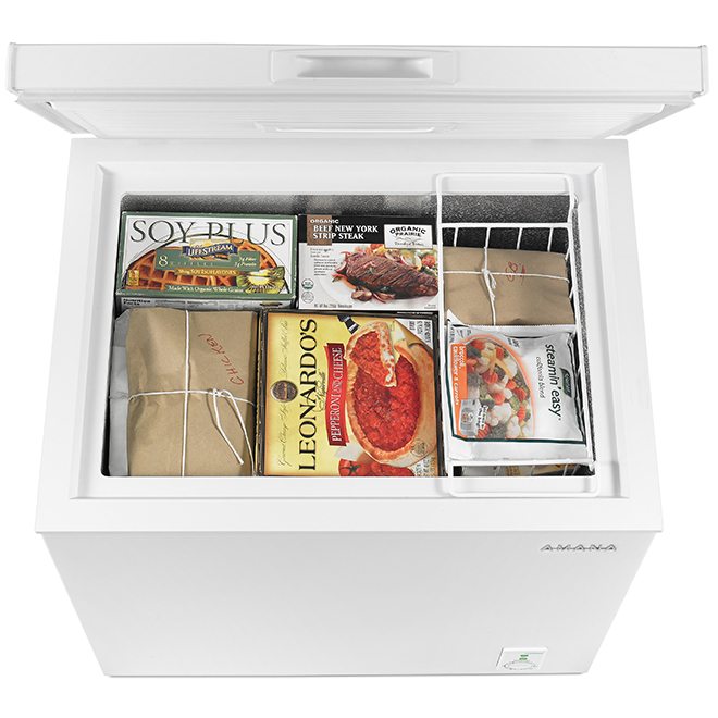 "Amana(R) Chest Freezer - 30"" - 5.3 cu. ft. - White"