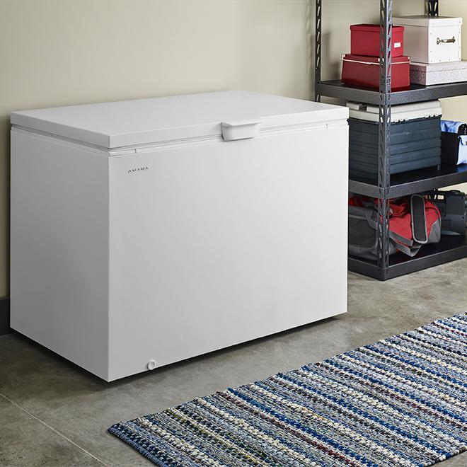 "Amana(R) Horizontal Freezer - 47.4"" - 14.8 cu. ft. - White"