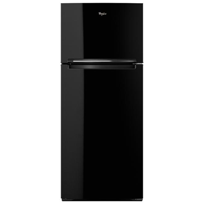"Top-Freezer Refrigerator - 28"" - 18 cu. ft. - Black"