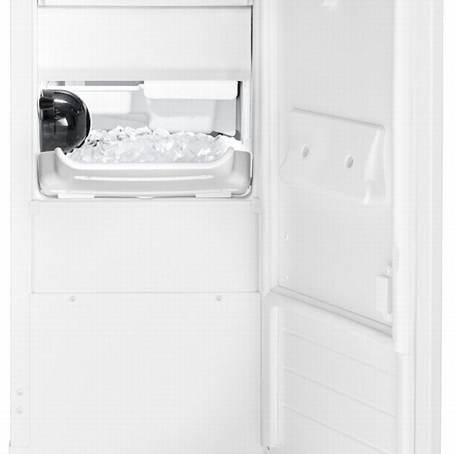 "Whirlpool(R) Freestanding Ice Maker - 33.6"" x 15"" - White"