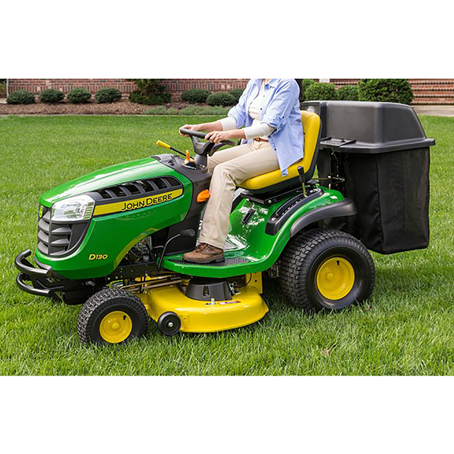 John Deere 100 Series Riding Lawn Mower Twin Bagger - 42-in