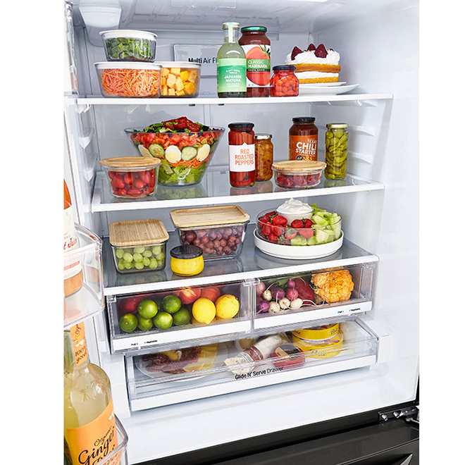 Réfrigérateur à portes françaises LG avec système Smart Cooling, 33 po, 23,9 pi³, acier inoxydable noir