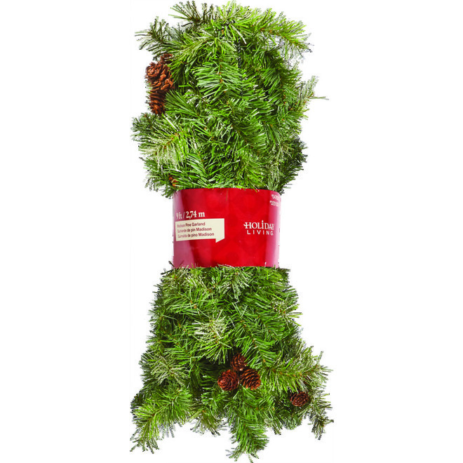 Pine Garland - 9' - PVC - 220 Tips - Green