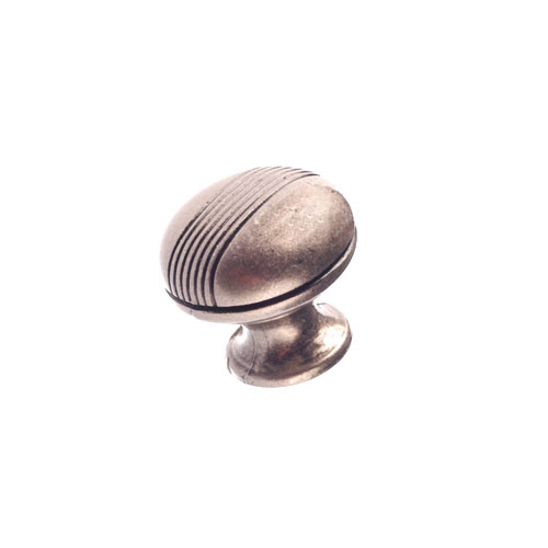 Bouton en métal simili fer