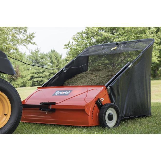 Balayeuse à pelouse, Agri-Fab, 42 po