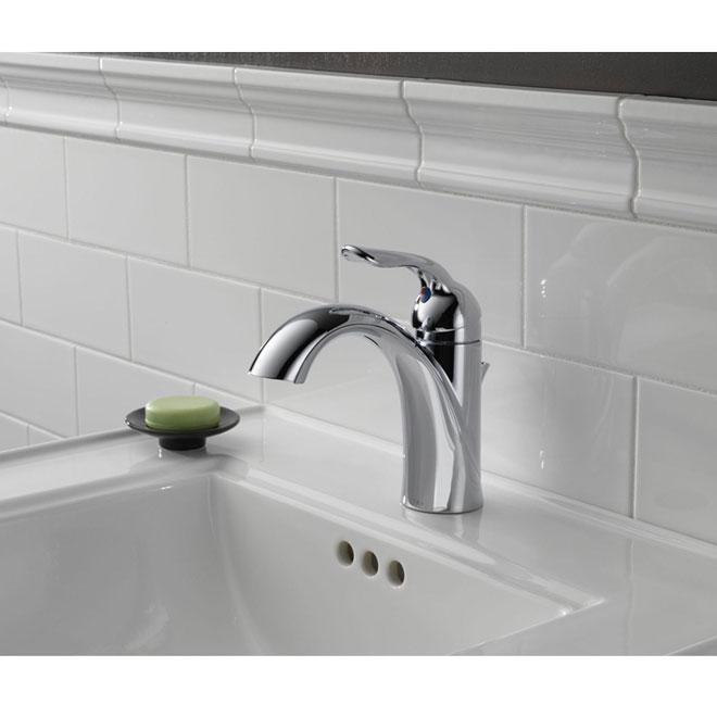 "delta ""lahara"" lavatory faucet | rona"