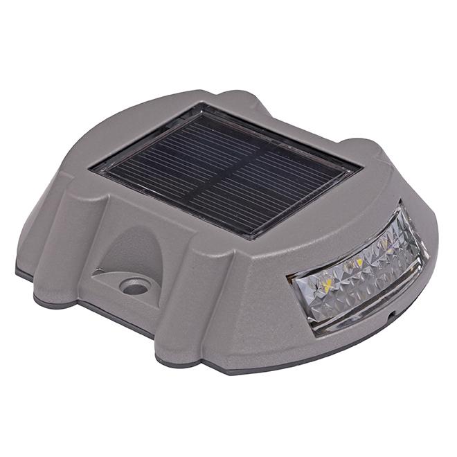 Solar Deck Light - Cast Aluminum - 6 Lumens