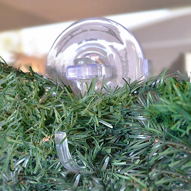 Simple Living Wreath Clip - Clear