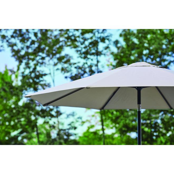 Parasol de style marché Style Selections, 9 pi, aluminium et tissu, gris