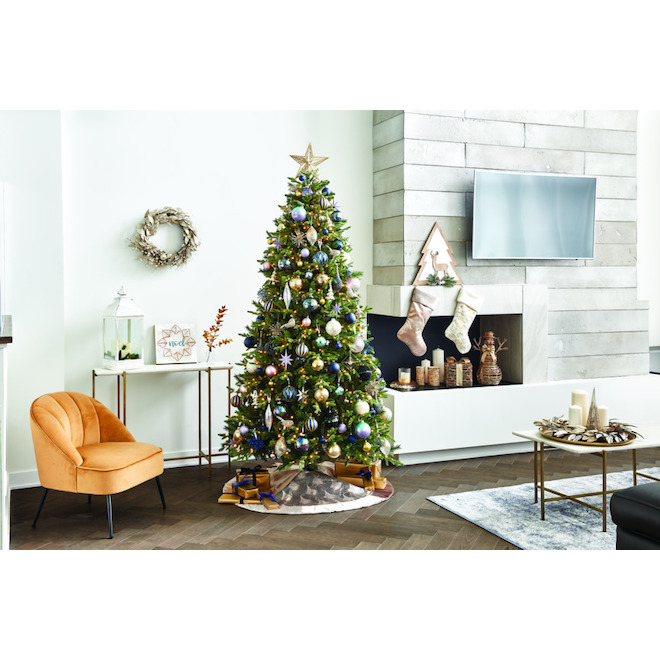 Haute Decor Tree with Reindeer - 18.5-in x 20-in - Metal/Wood/PVC - Brown/White