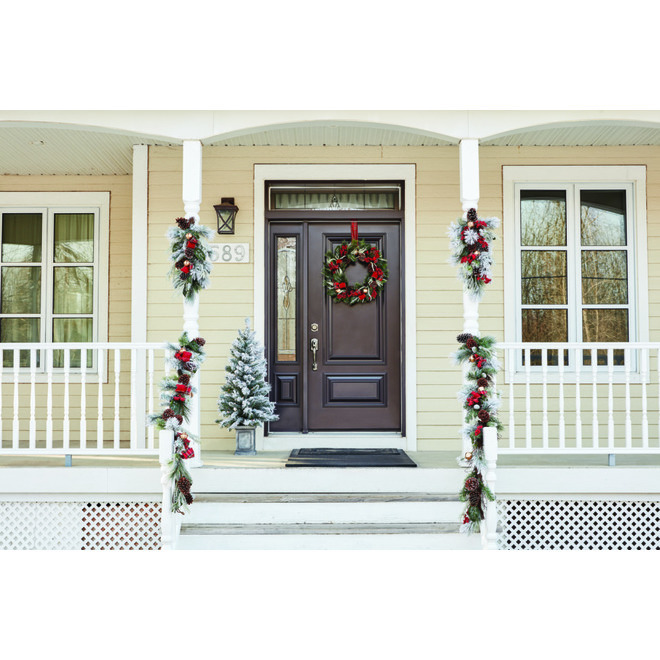 Dansons Decorated Frosted Garland - 6-ft