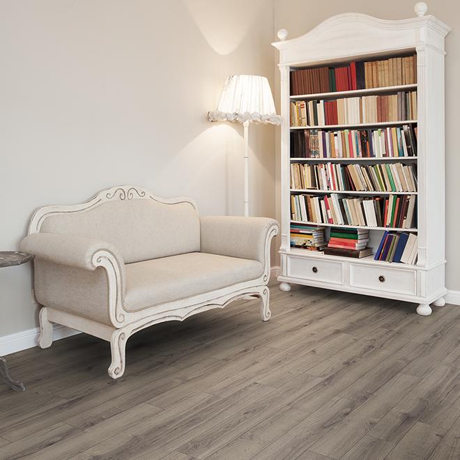 "Laminate Flooring - HDF - 12 mm - 8 x 48"" - Humble Oak"