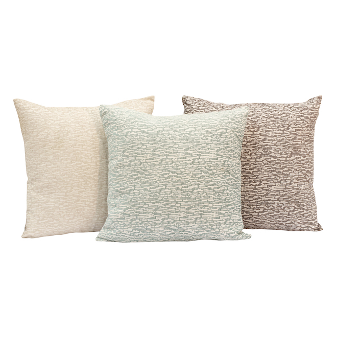 Commonwealth Stripe Decorative Cushions - Polyester 18-in x 18-in Assorted