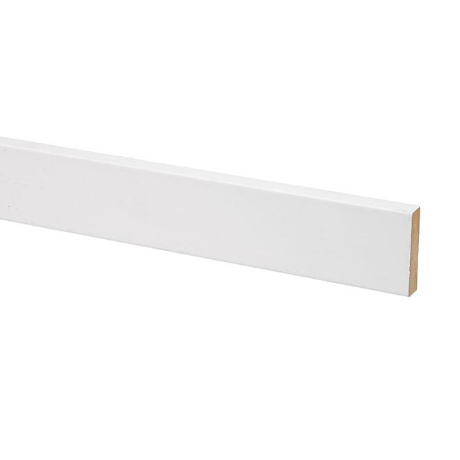 Plinthe B4F Metrie, 9/16 po p. x 2 1/2 po H. x 96 po L., MDF, apprêtée, blanche