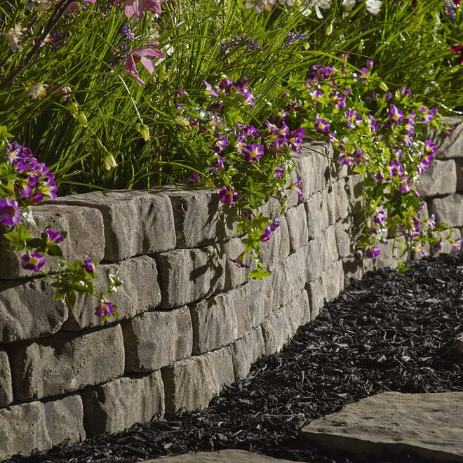 """Mini """"Beltis"""" Garden Wall"""