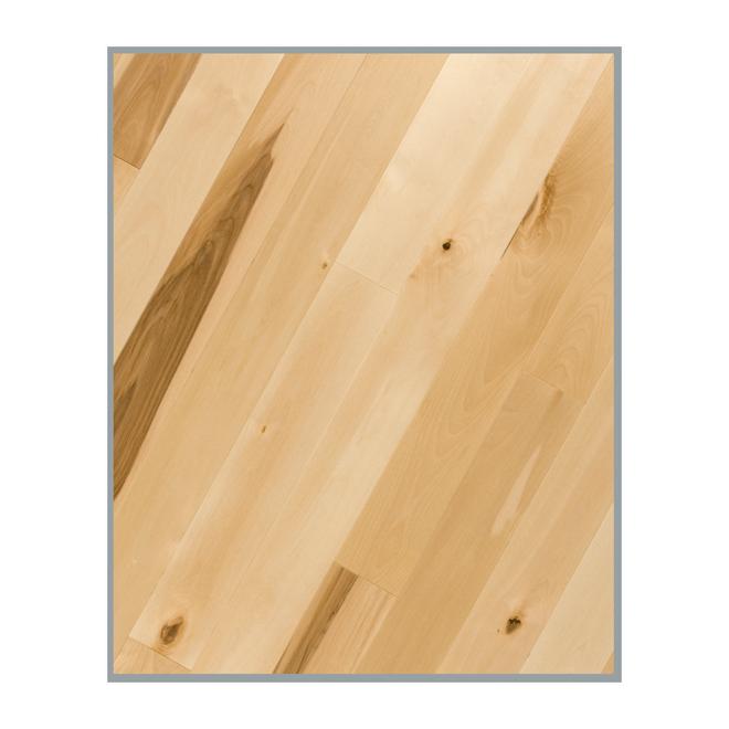 Plancher de bois franc en merisier, naturel