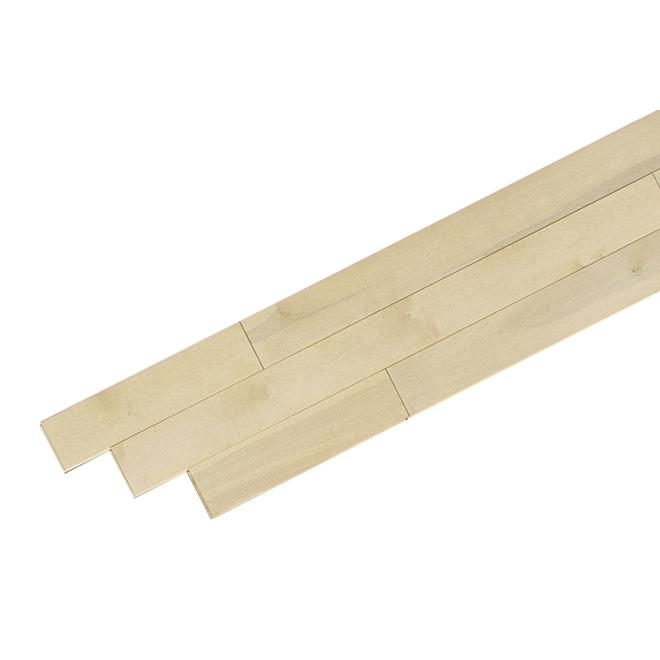 Plancher de bois franc en merisier, sable