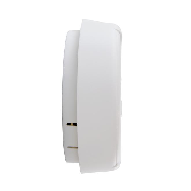 Avertisseur de fumée de base First Alert avec pile, 85 dB, blanc