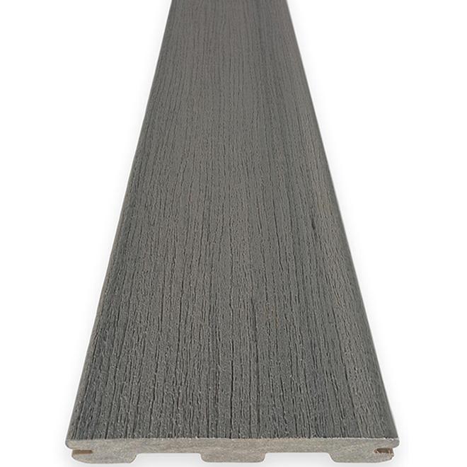 Lame de terrasse en composite TimberTech, Sea Salt Grey, bord rainuré, collection Edge