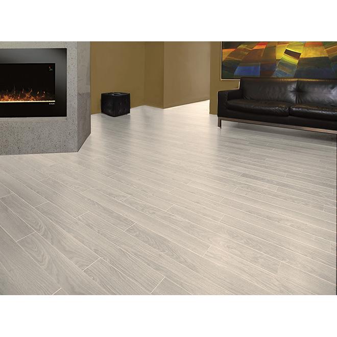 Laminate Flooring 8mm Megaloc Grey White
