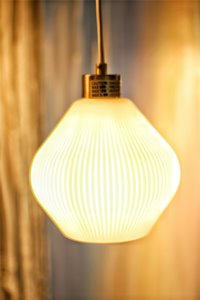 Luminaire suspendu à 1 lumière Oliver, verre, blanc mat