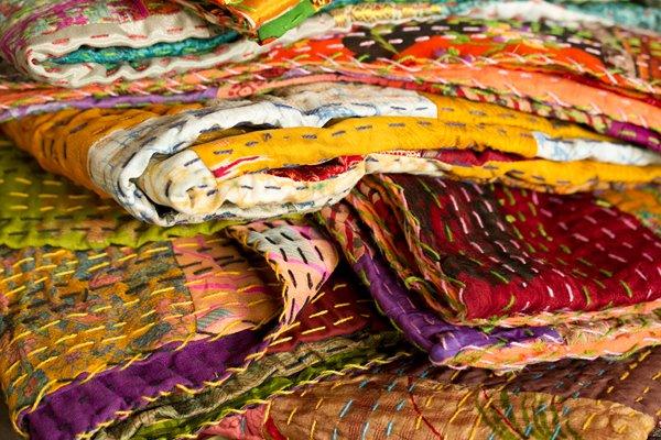 """Jeté en soie Kantha, 50 """"x 70"""", multicolore"""