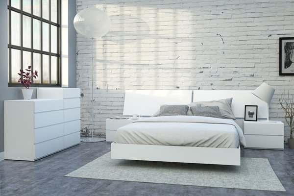 Nexera District 6 Piece White Queen Bedroom Set